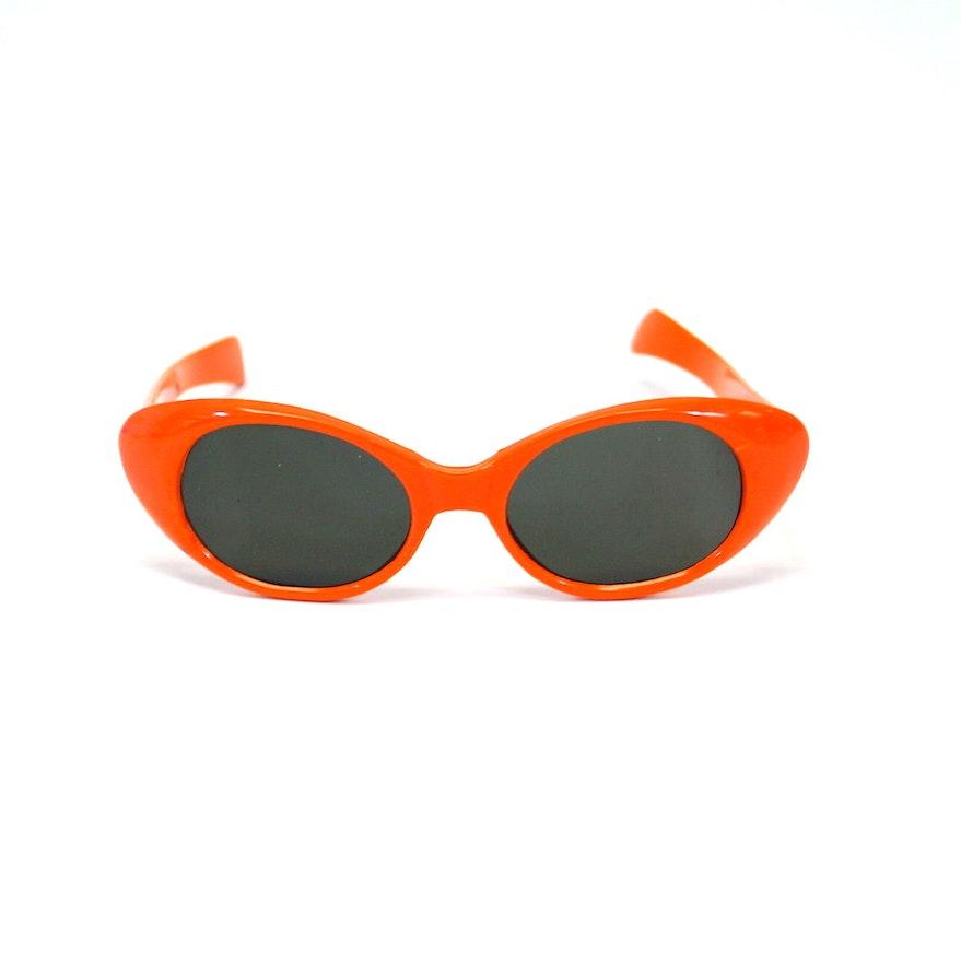 Cat Eye Turned Orange