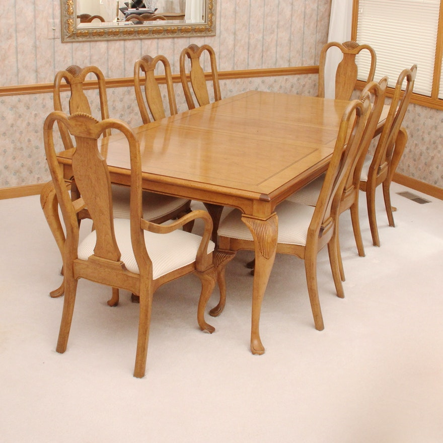 Prime Bernhardt Queen Anne Style Dining Room Table With Eight Chairs Dailytribune Chair Design For Home Dailytribuneorg