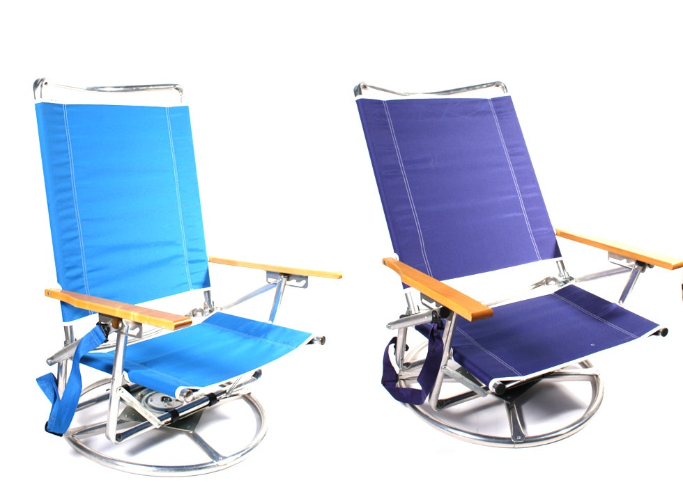 Pair of Suntracker Swivel Beach Chairs : EBTH