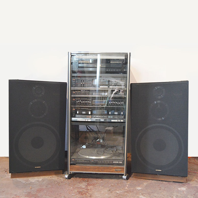 Superbe Fisher Stereo System With Component Cabinet ...