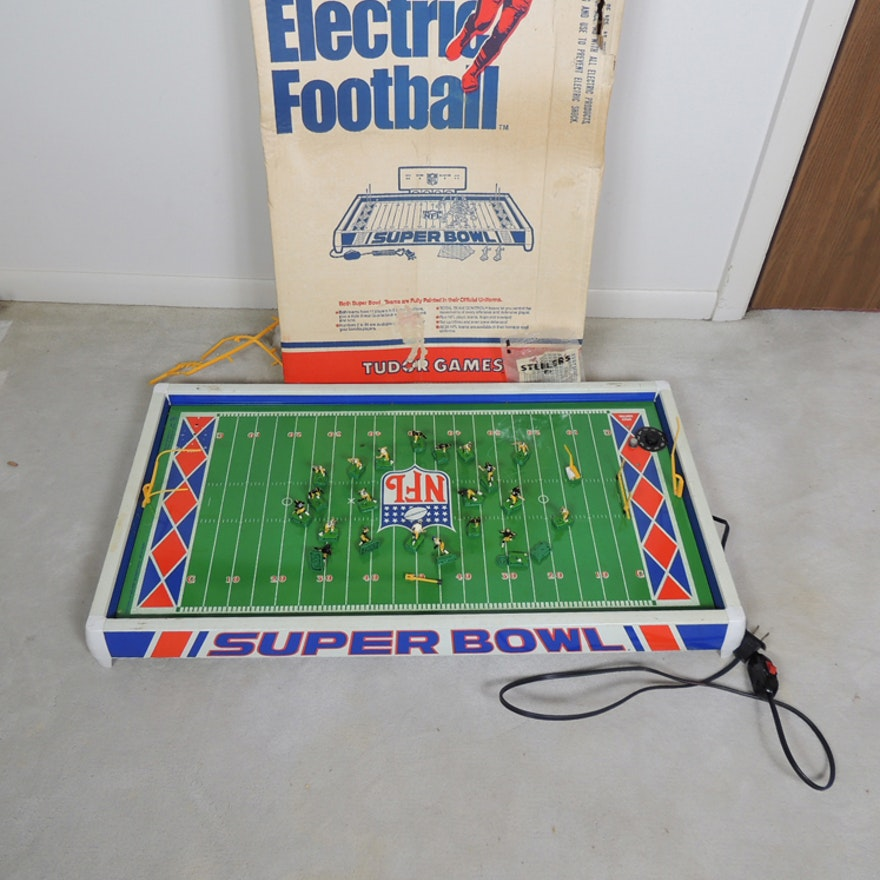 282b3974 Vintage NFL Superbowl Electric Football Game : EBTH
