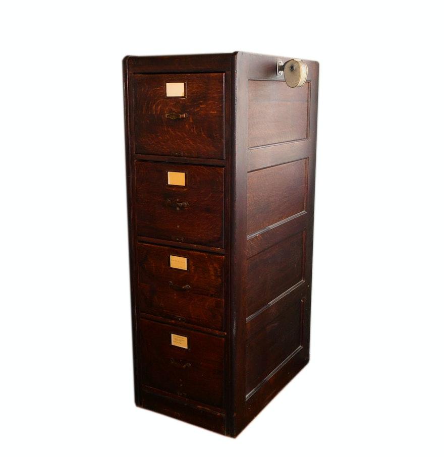 library bureau sole makers vintage oak four drawer filing cabinet ebth. Black Bedroom Furniture Sets. Home Design Ideas