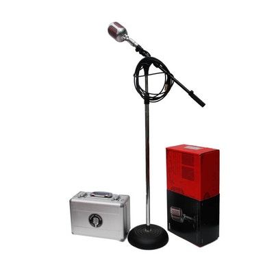 Shure Model 5575LE Unidyne Microphone, Case and Stand