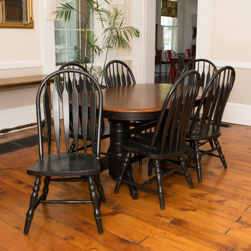 Colonial Dining Room Furniture: Colonial Style Dining Table And Chairs : EBTH