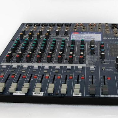 Yamaha Sound Mixing Console