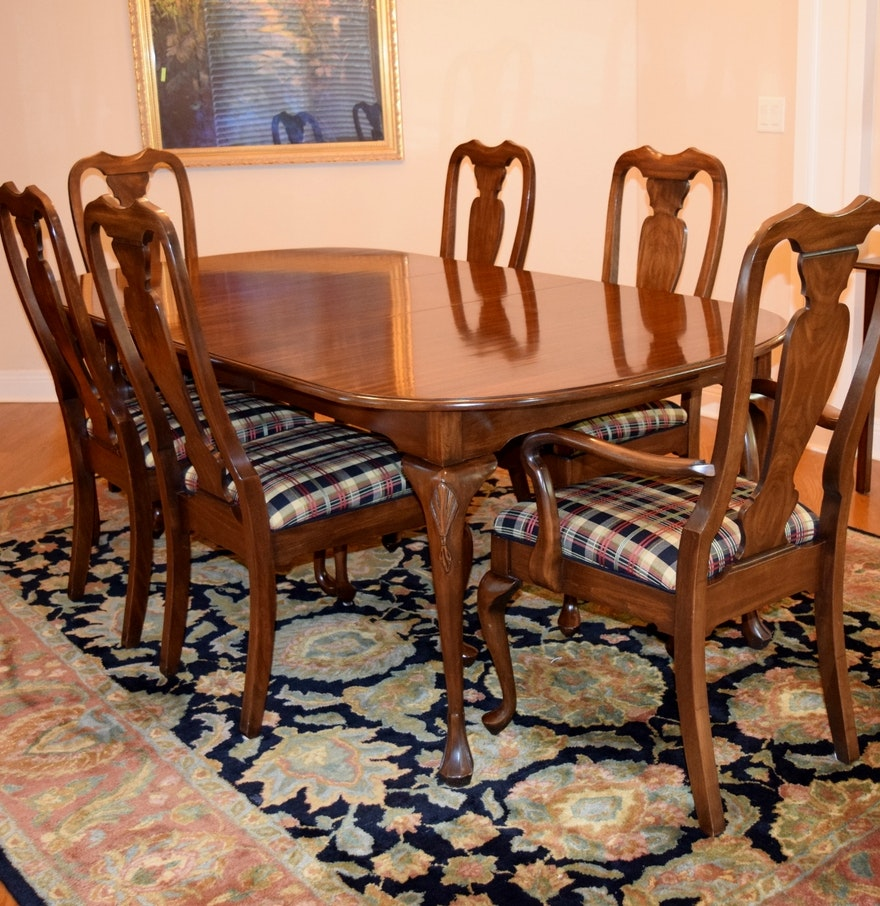 Harden furniture co queen anne style dining room table with six chairs ebth - Queen anne dining room furniture ...