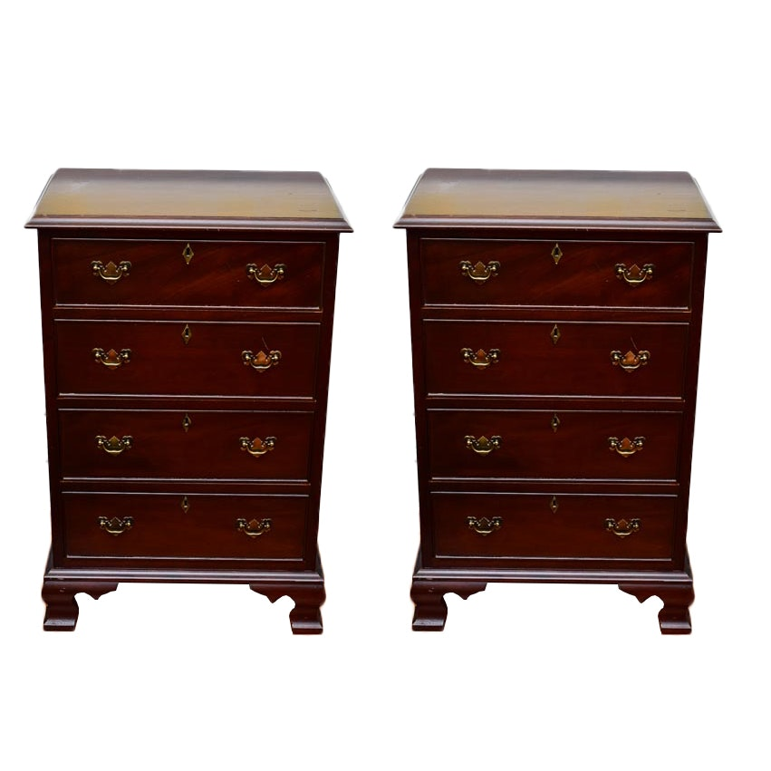 Great Pair Of Mahogany Craftique Nightstands ...