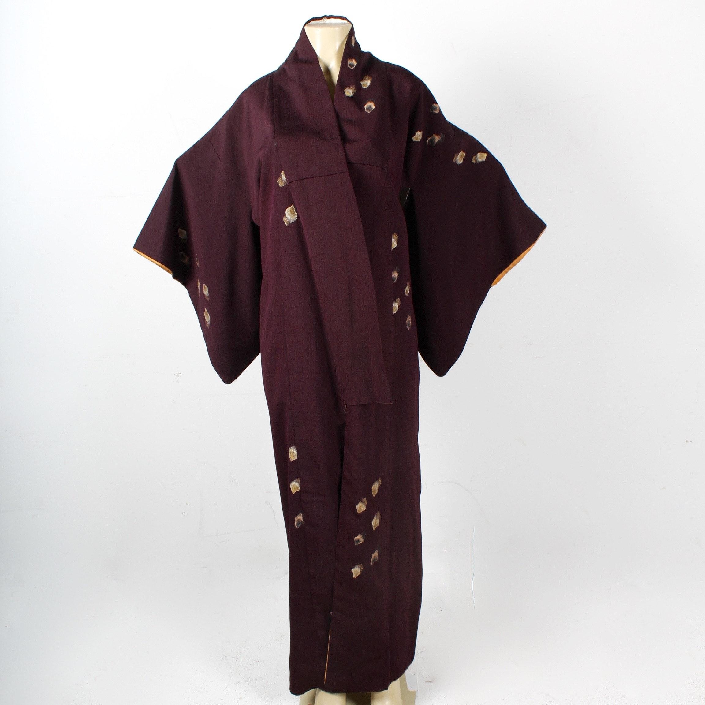 Vintage Hand Embroidered Japanese Silk Komon Kimono