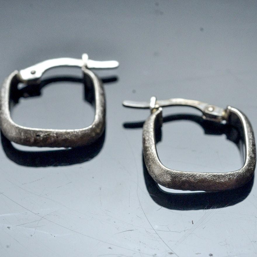 18k White Gold Square Hoop Earrings
