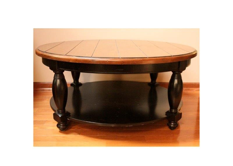 Riverside Furniture Round Cocktail Table