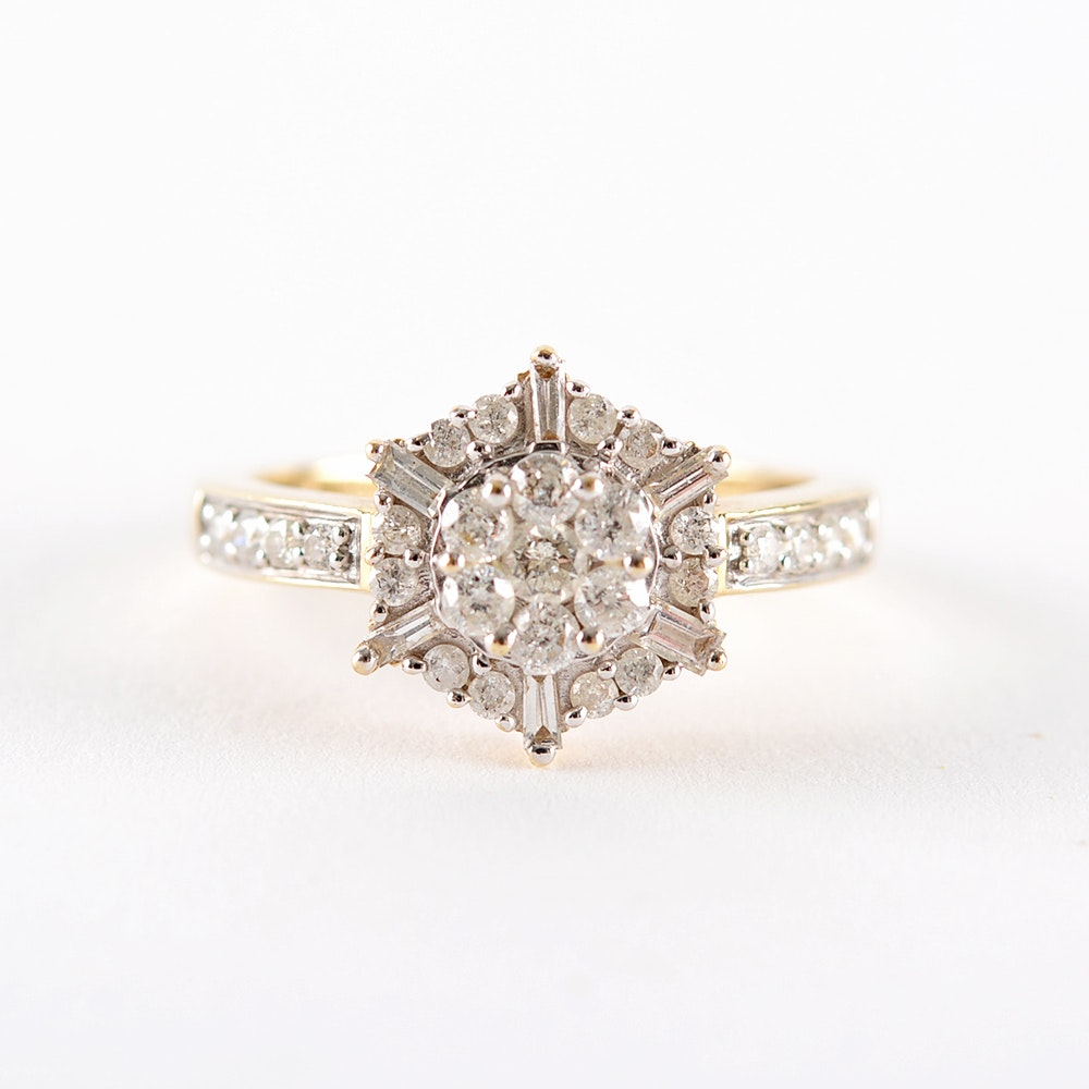 Women's Size 7 Round and Baquette Diamond Cluster 14KT Ring