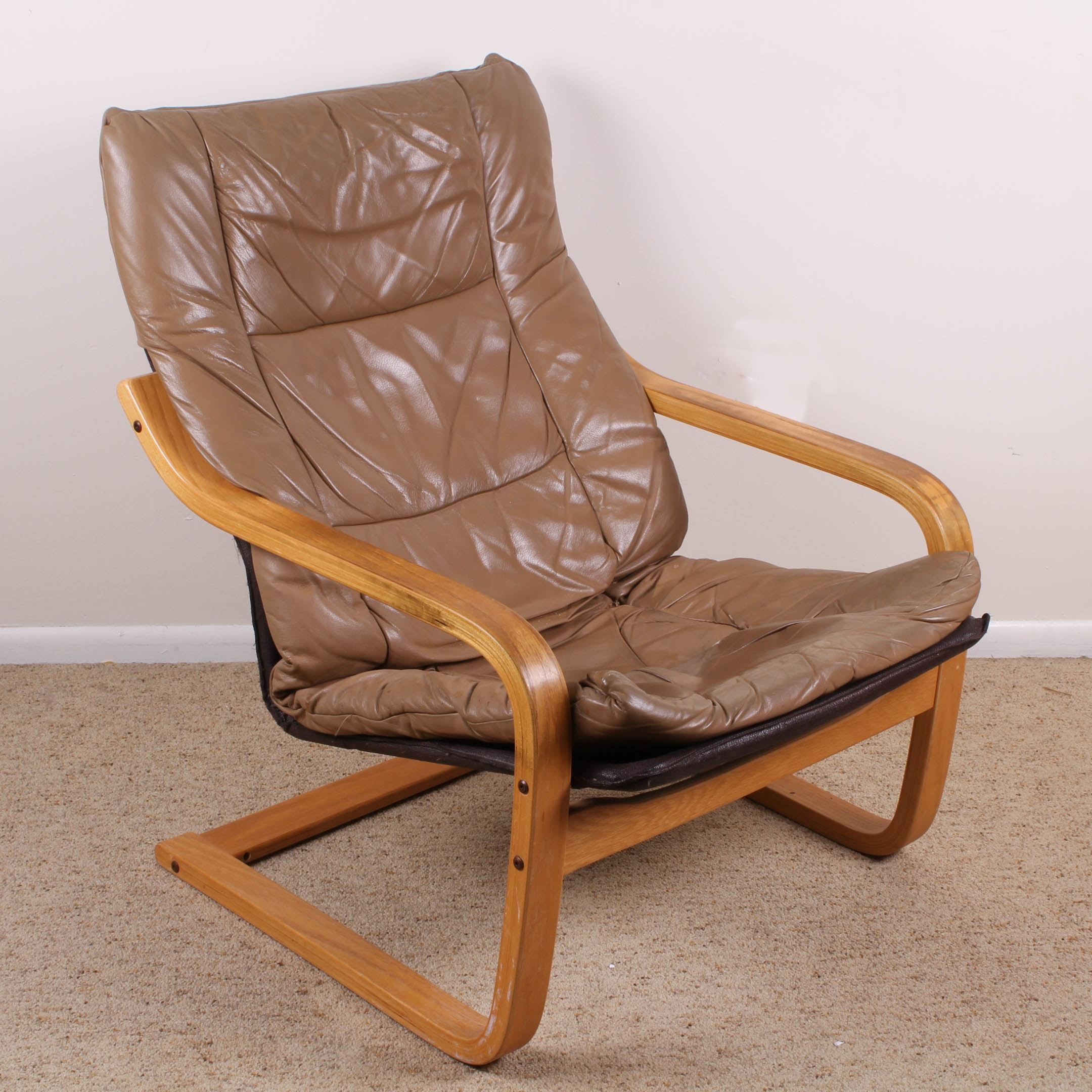 Incroyable Vintage Cantilevered Wood Framed Sling Chair With Leather Seat Cushion ...