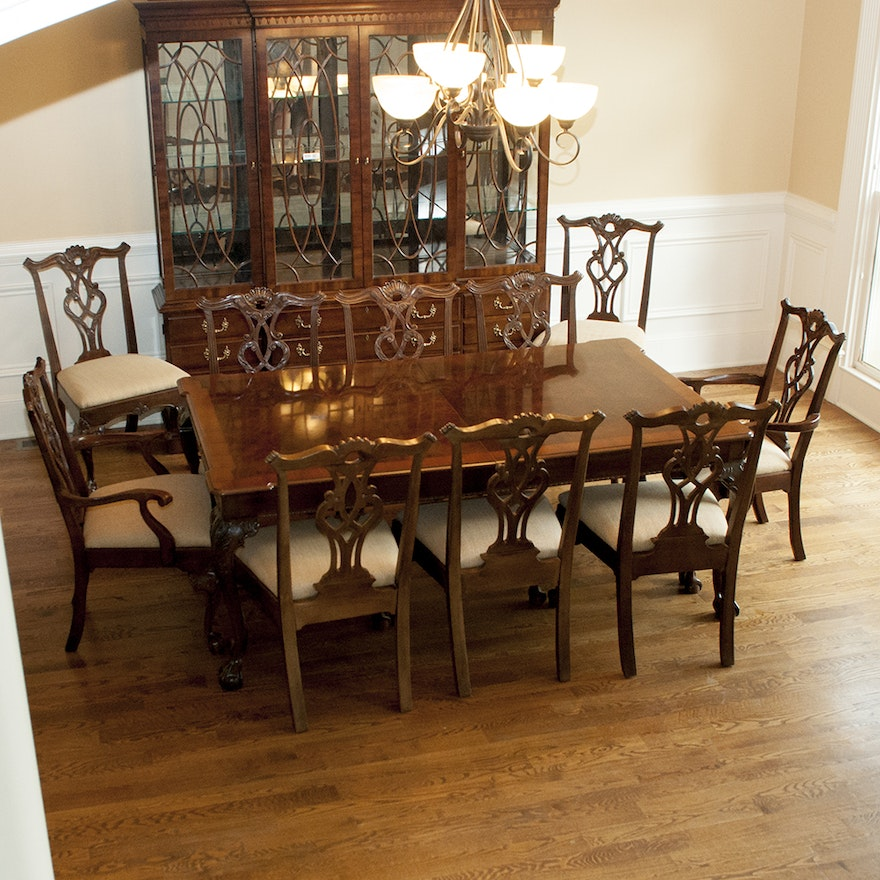 Henredon Rittenhouse Square Collection Dining Table With Matching Chairs