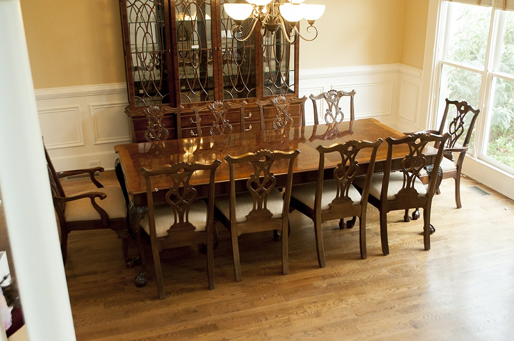 Henredon Rittenhouse Square Collection Dining Table With