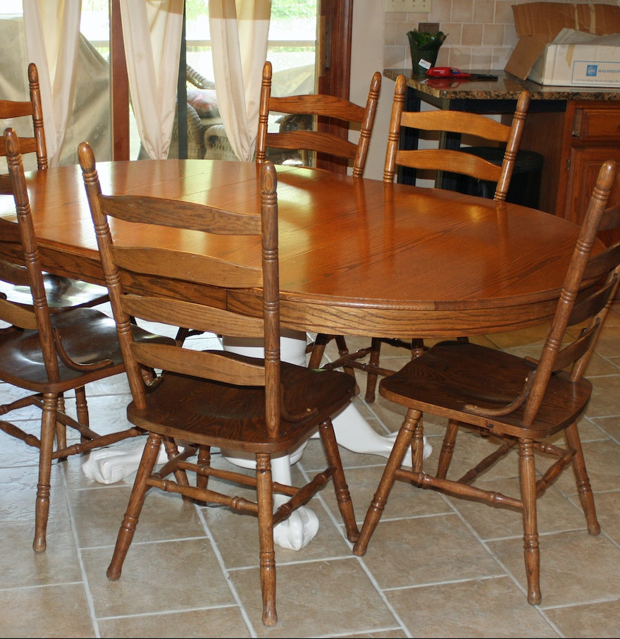 Kitchen Table With 6 Chairs: Oak Clawfoot Kitchen Table And Six Chairs : EBTH