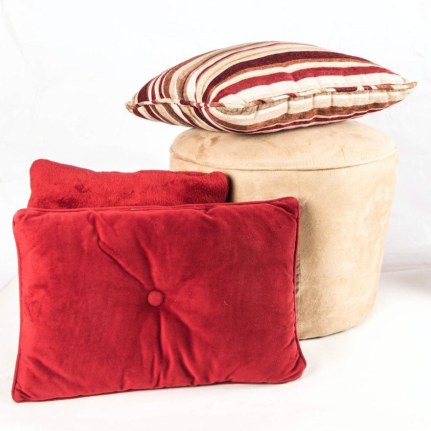 Storage Ottoman And Decorative Pillows EBTH Mesmerizing Decorative Pillow Storage