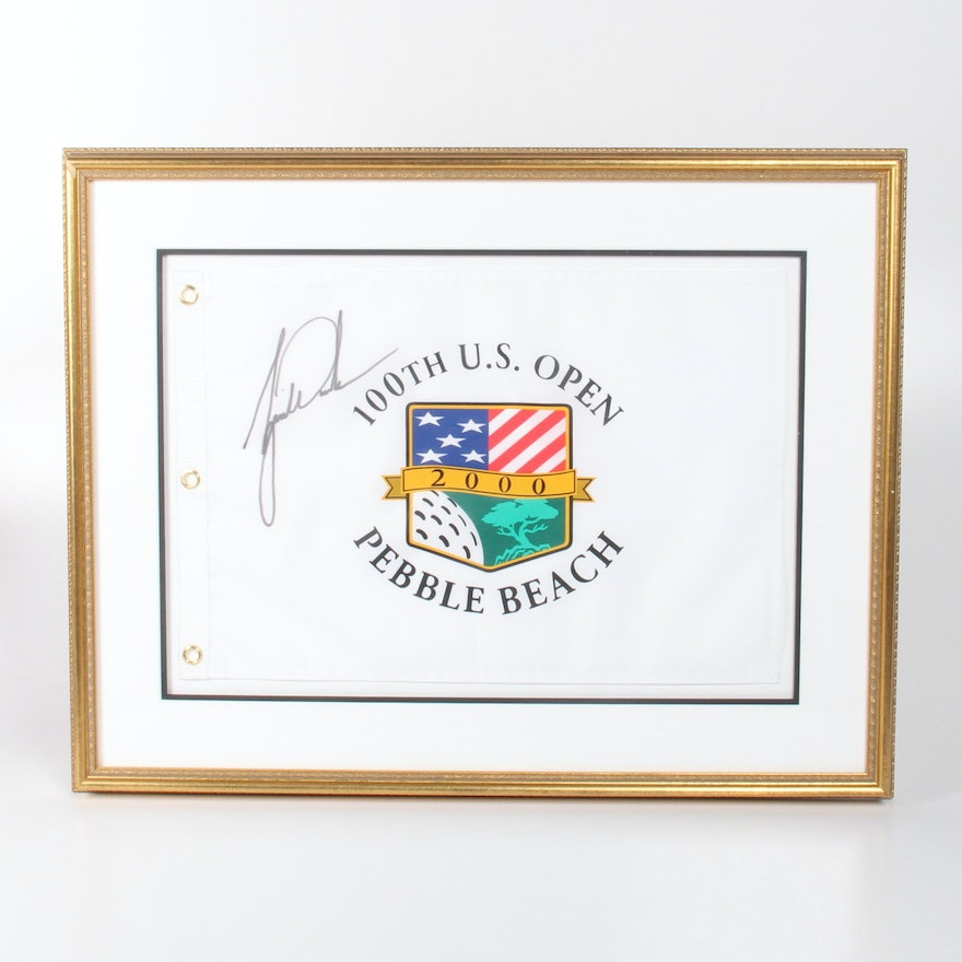 Tiger Woods Signed 2000 Pebble Beach U.S. Open White Pin Flag : EBTH
