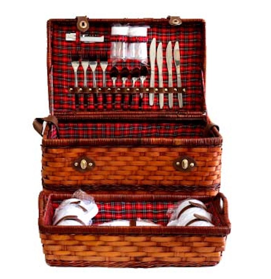 Picnic Basket Dish Set : Picnic basket with dishes ebth