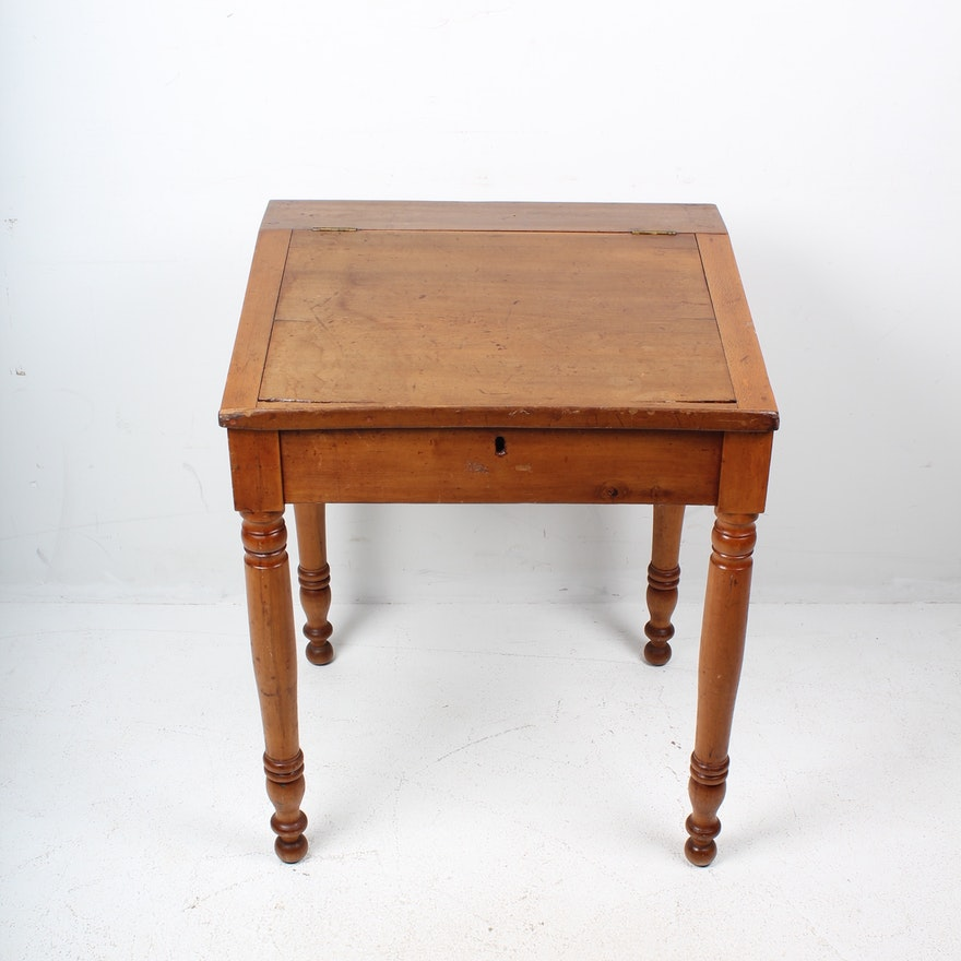 Antique Slant Top Writing Desk with Lift Top ... - Antique Slant Top Writing Desk With Lift Top : EBTH