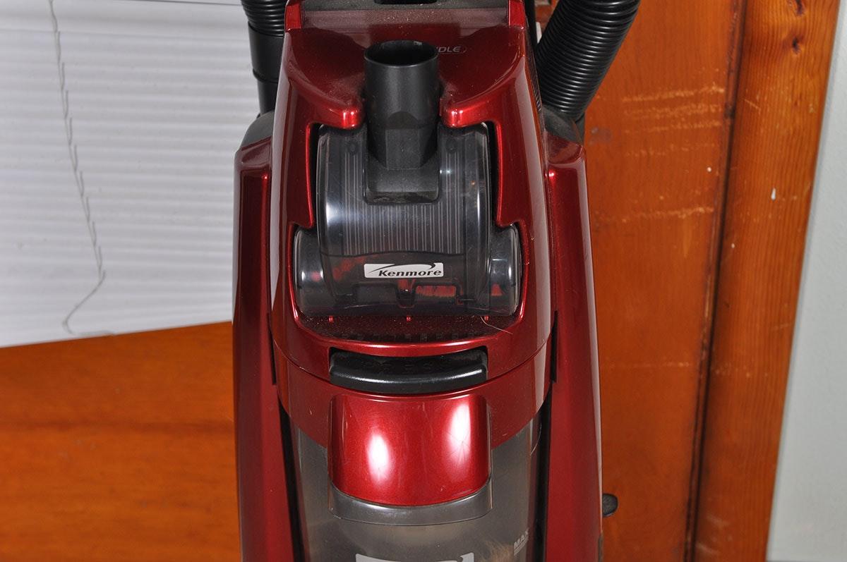 Kenmore Grab N Go 12 Amp Upright Hepa Bagless Vacuum Ebth