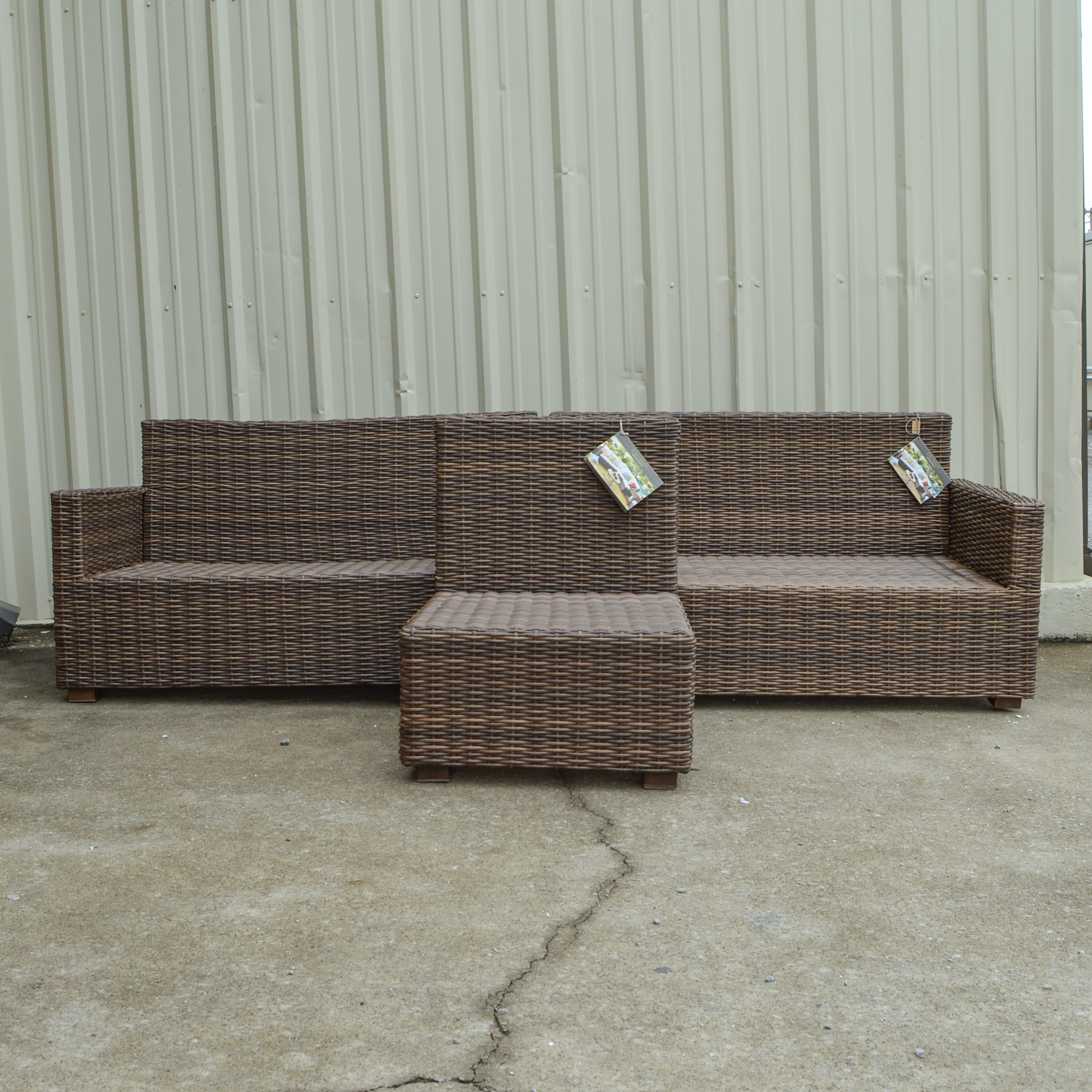 "Pier 1 Imports ""Echo Beach"" Patio Furniture Set EBTH"