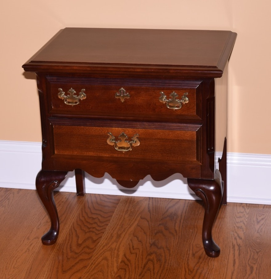Sumter furniture company mahogany nightstand ebth for Furniture companies