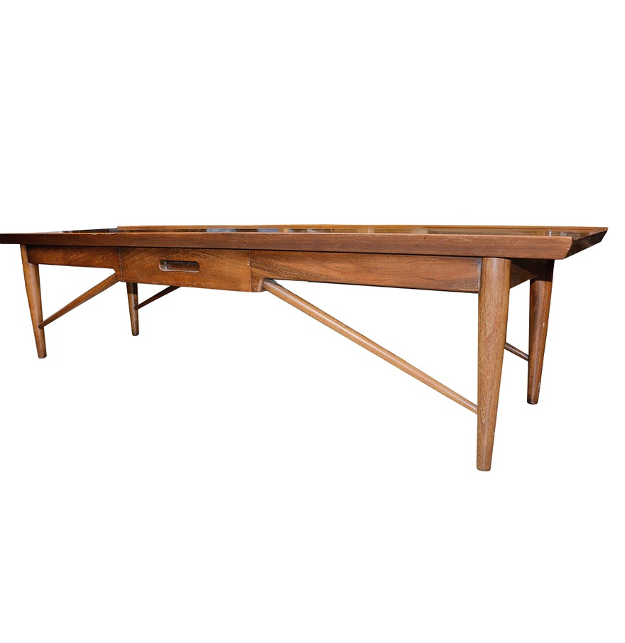 Mid Century Modern Coffee Table By Heritage Henredon