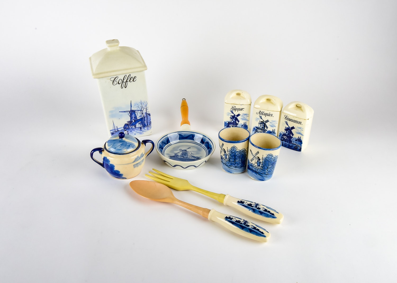 Delft Kitchen Ware Collection