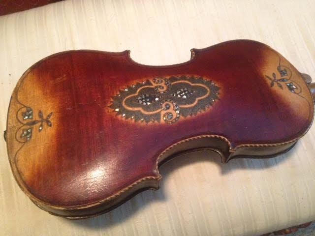 A-1 Auto Sales >> Antique Violin with Handcrafted Mother of Pearl Inlaid Design : EBTH