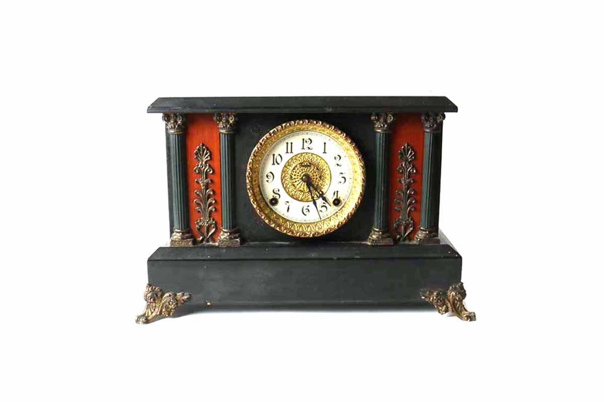 Ingraham Victorian Era Mantel Clock