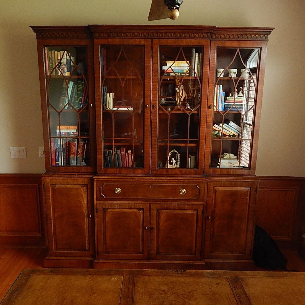 Large Henredon Breakfront China Cabinet ...