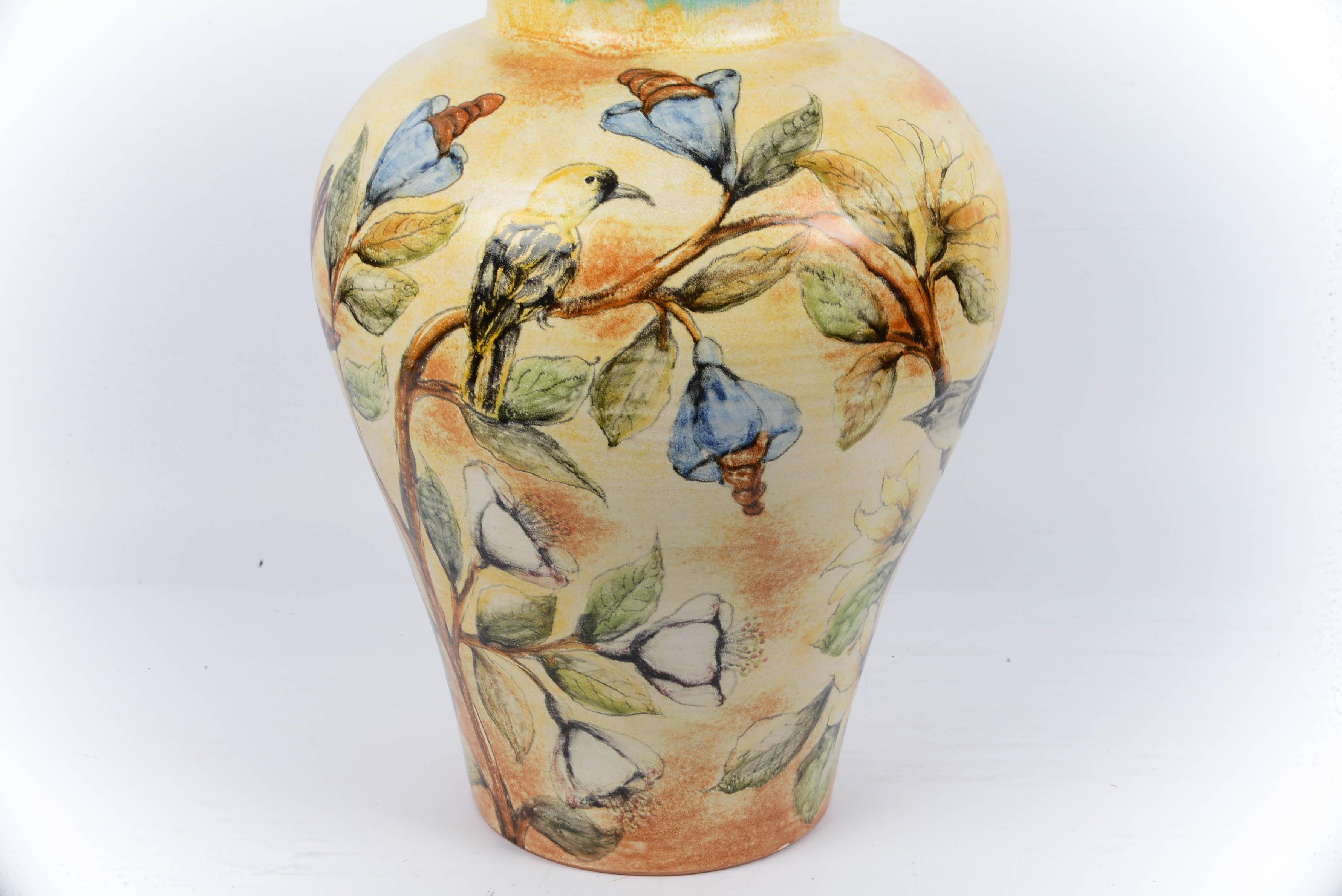 Mayolica Santa Rosa Hummingbird Pottery Urn With Lid Ebth