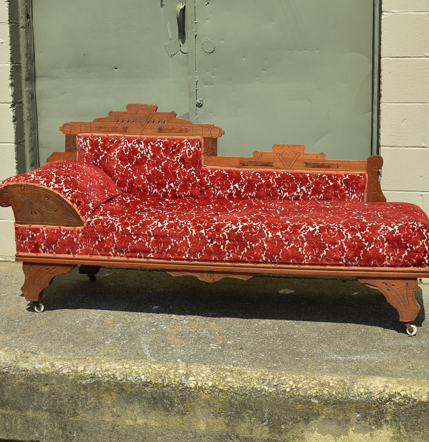 Antique Eastlake Sofa: Antique Eastlake Fainting Couch : EBTH