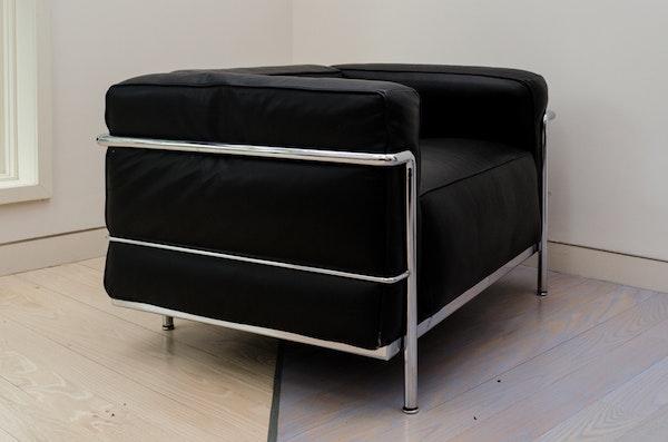 original le corbusier armchair ebth