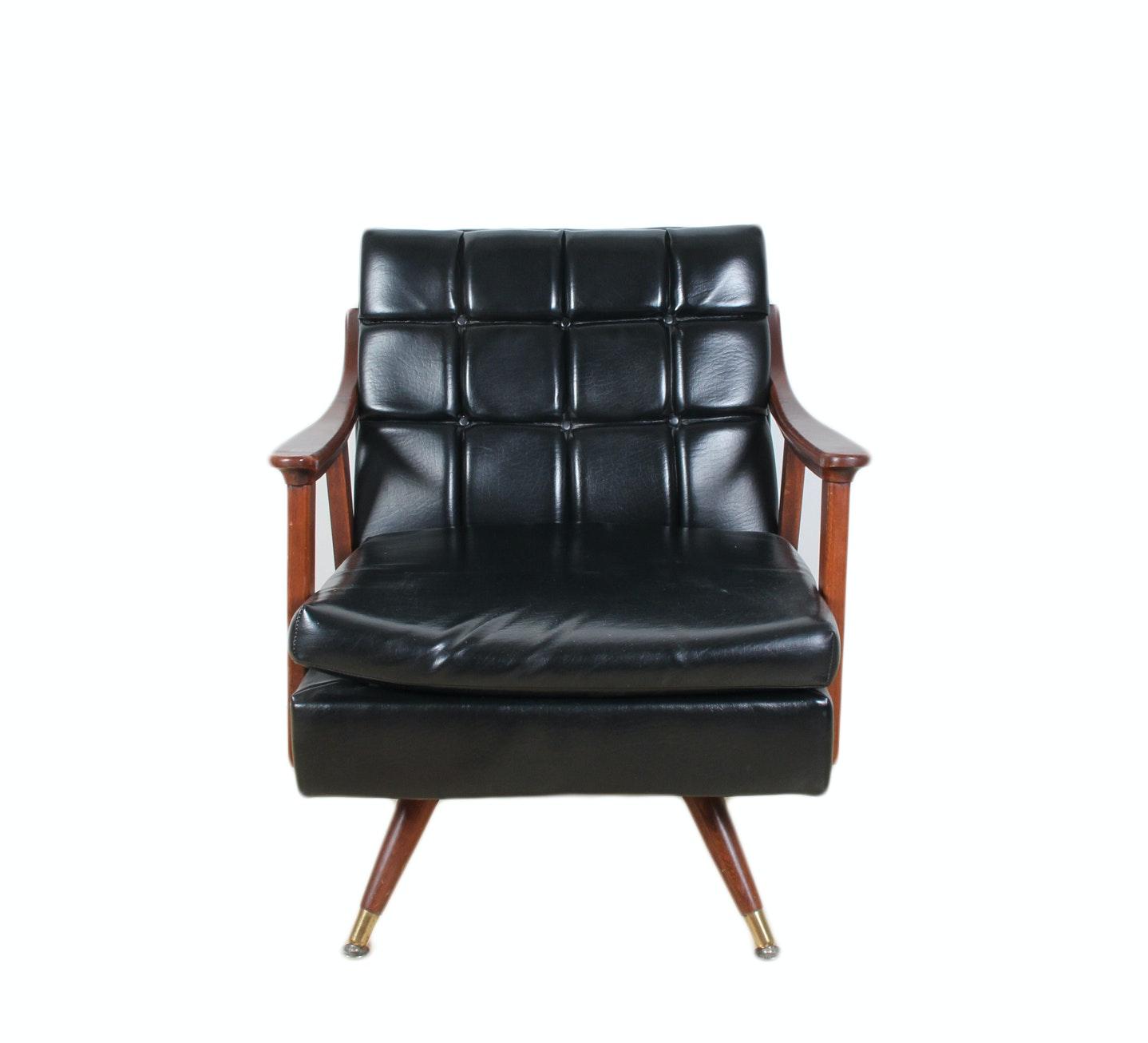 Mid-Century Paoli Chair ...  sc 1 st  EBTH.com & Mid-Century Paoli Chair : EBTH