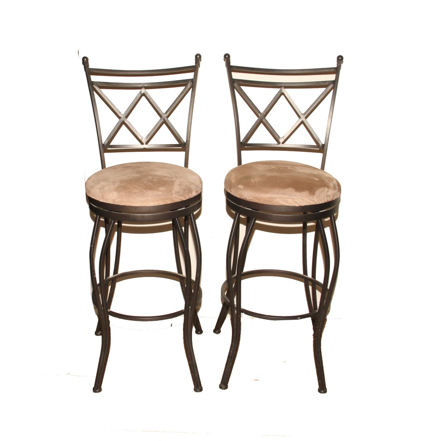 Cheyenne home furnishings bar stool - Cheyenne Home Furnishings Pair Of Wrought Iron Bar Stools
