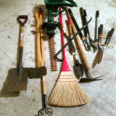 Outdoor Furniture Outdoor Decor And Garden Tools Auction