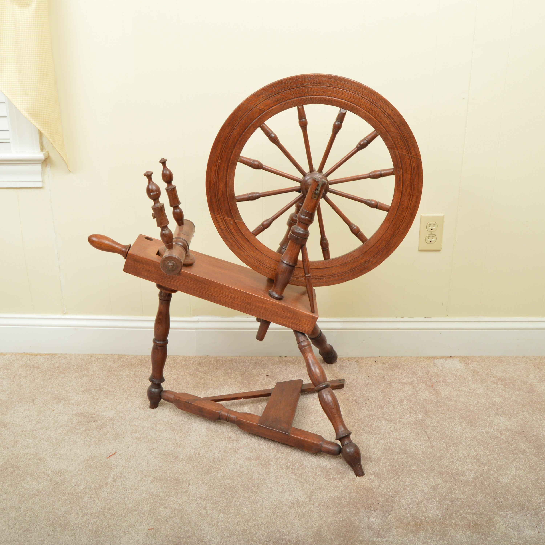 Antique Walnut Wood Spinning Wheel