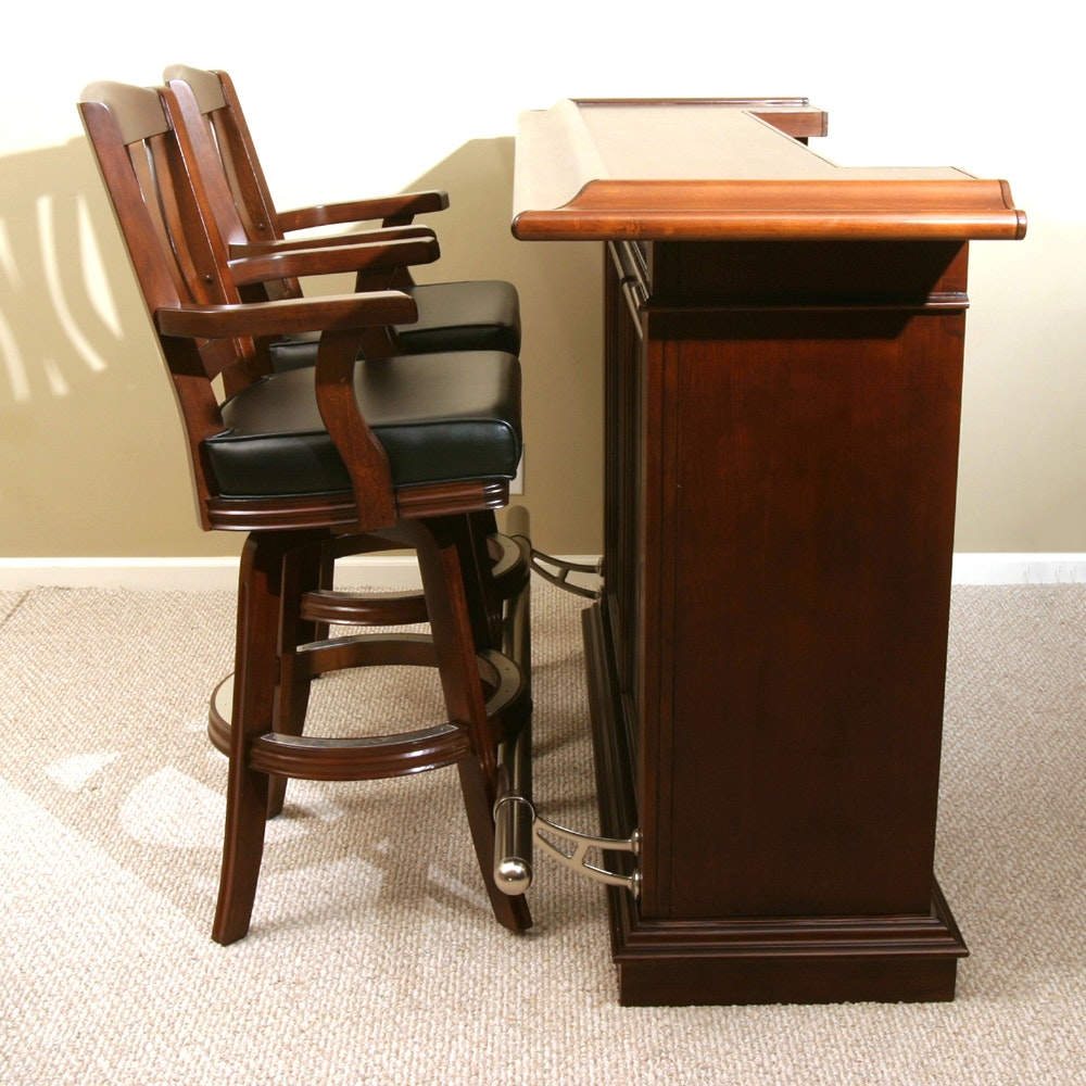 American Heritage Bar with Two Swivel Stools