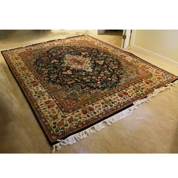 Sophisticated Hand-Knotted Pakistani Wool Area Rug