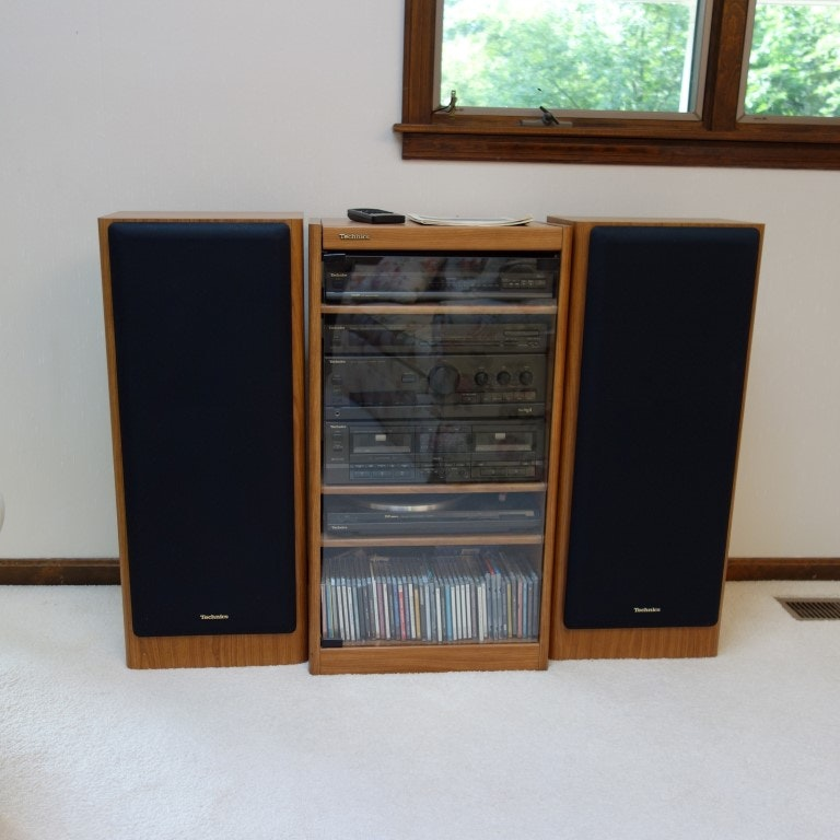 Vintage Technics Stereo System In Cabinet ...