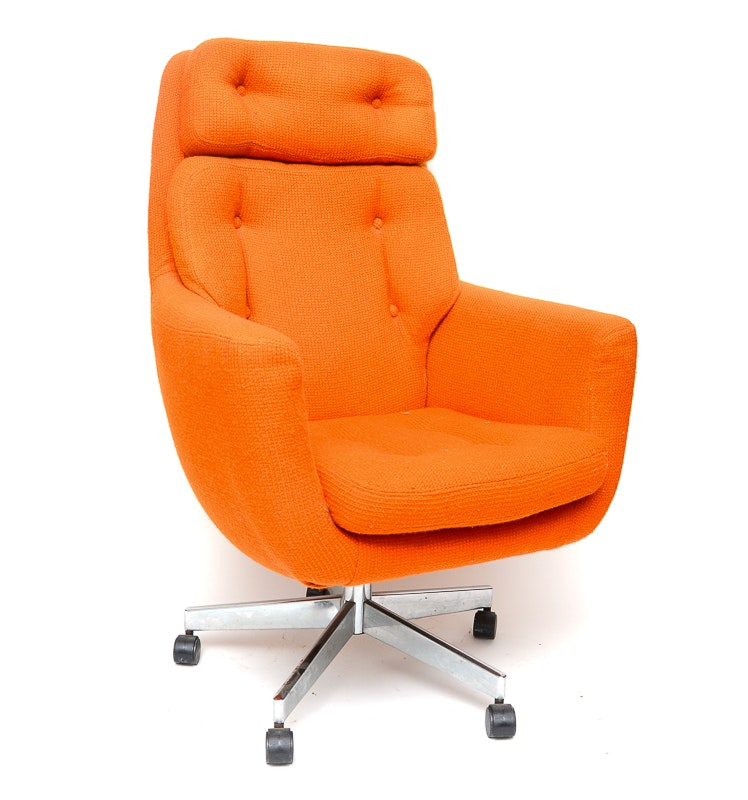 Plush Orange Desk Chair