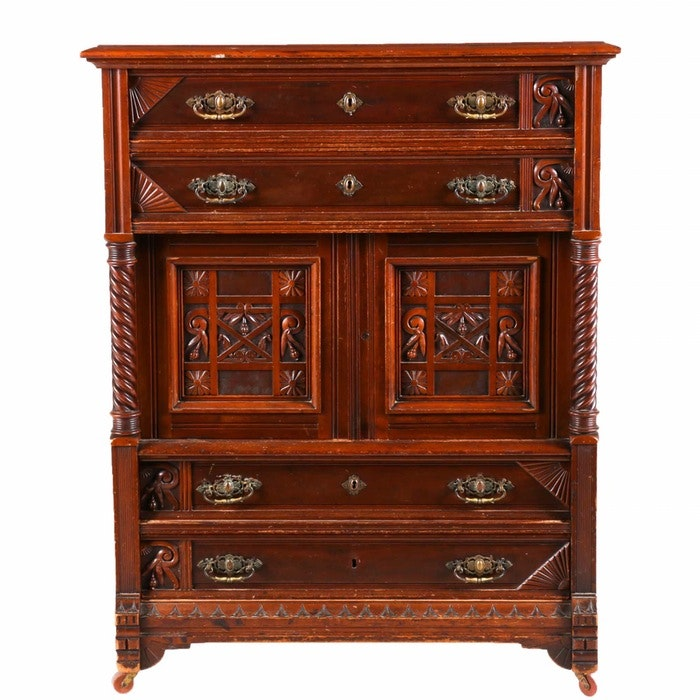 Antiques, Traditional Furnishings, Housewares & More