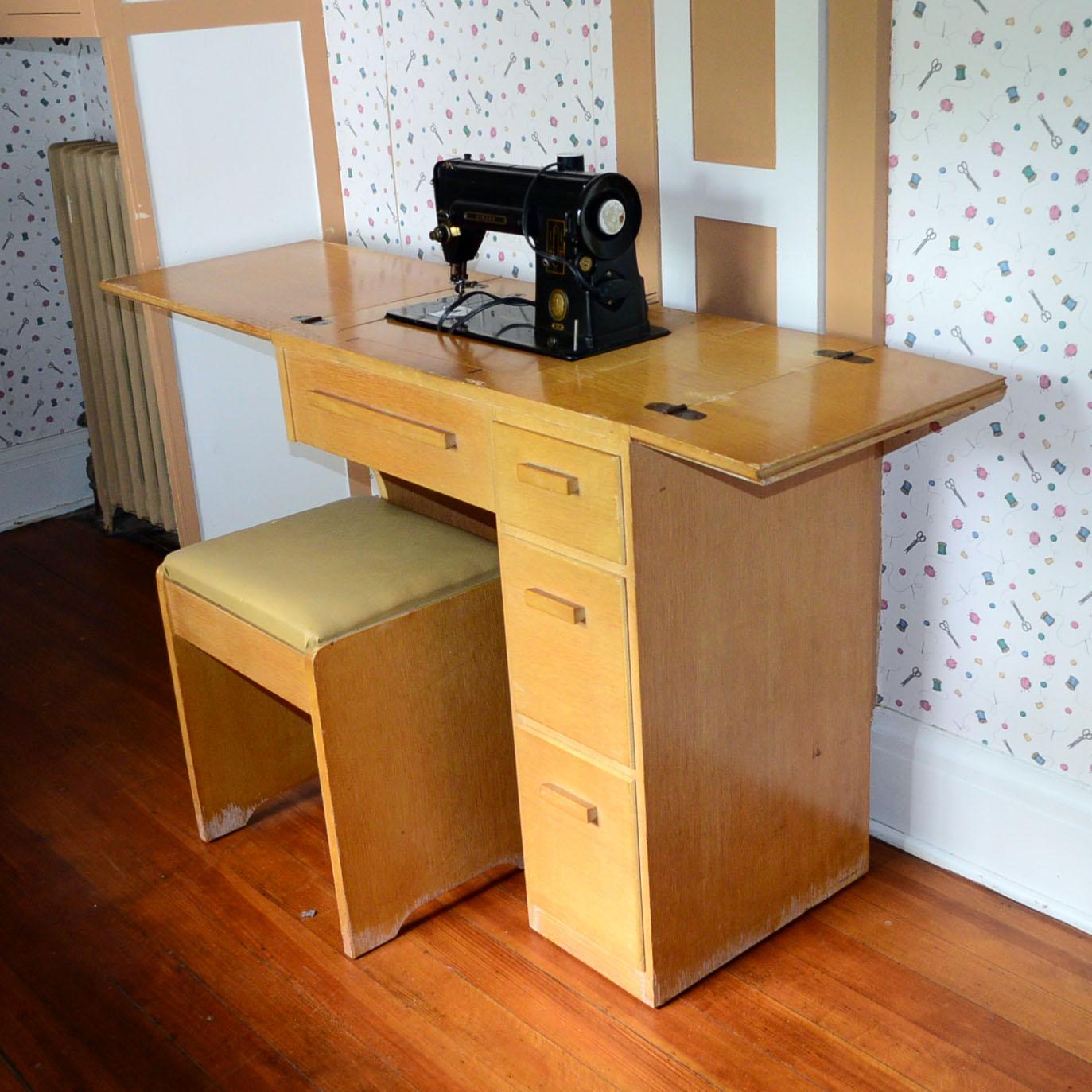 Vintage Singer 301 Sewing Machine & Vintage Cabinet : EBTH
