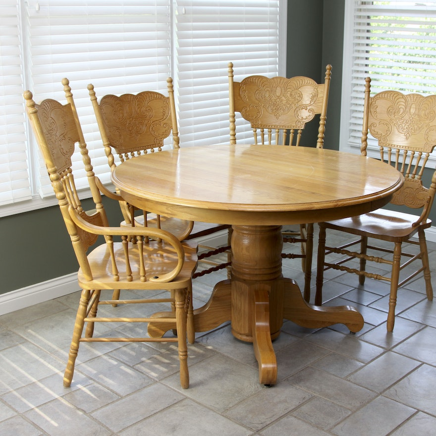 Oak Pedestal Dining Table And Six Chairs