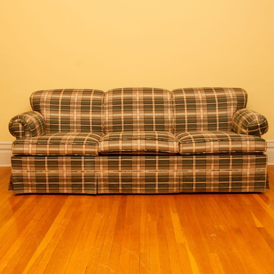 Hickory Hill Plaid Sleeper Sofa