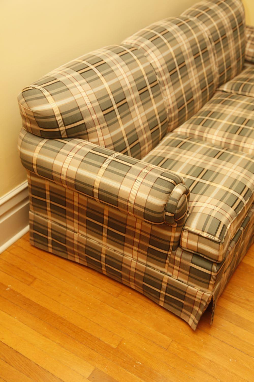 Hickory Hill Plaid Sleeper Sofa Ebth