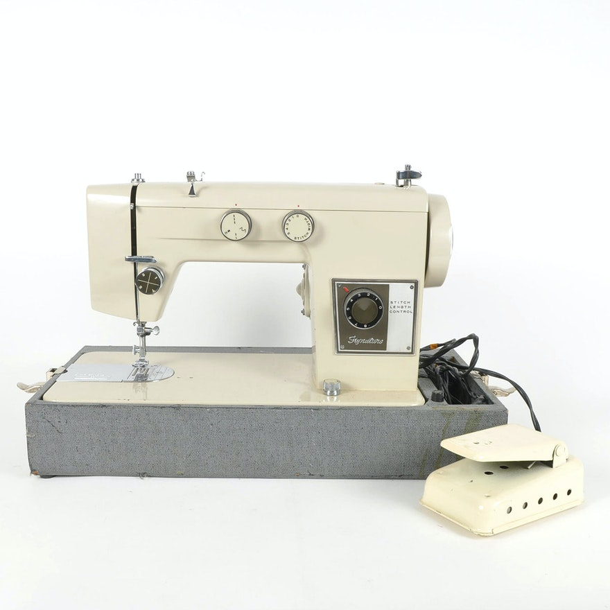 Signature Sewing Machine By Montgomery Wards EBTH Adorable Signature Sewing Machine