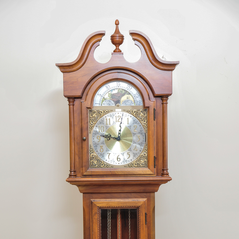 Colonial of Zeeland Grandfather Clock : EBTH