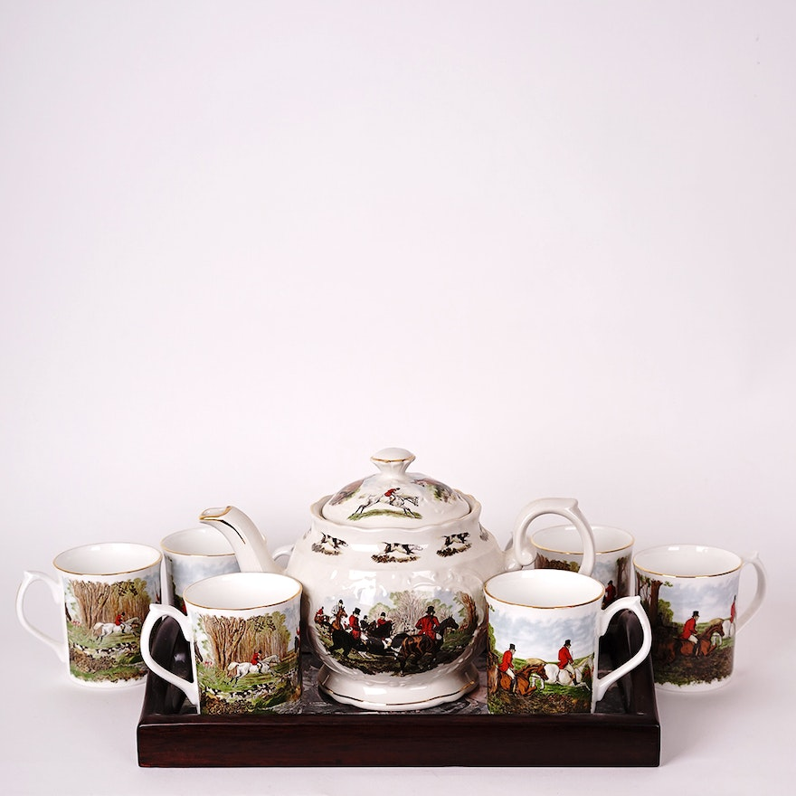 Vintage Crown Dorset Teapot with Matching Elizabethan China Cups and  Service Tray